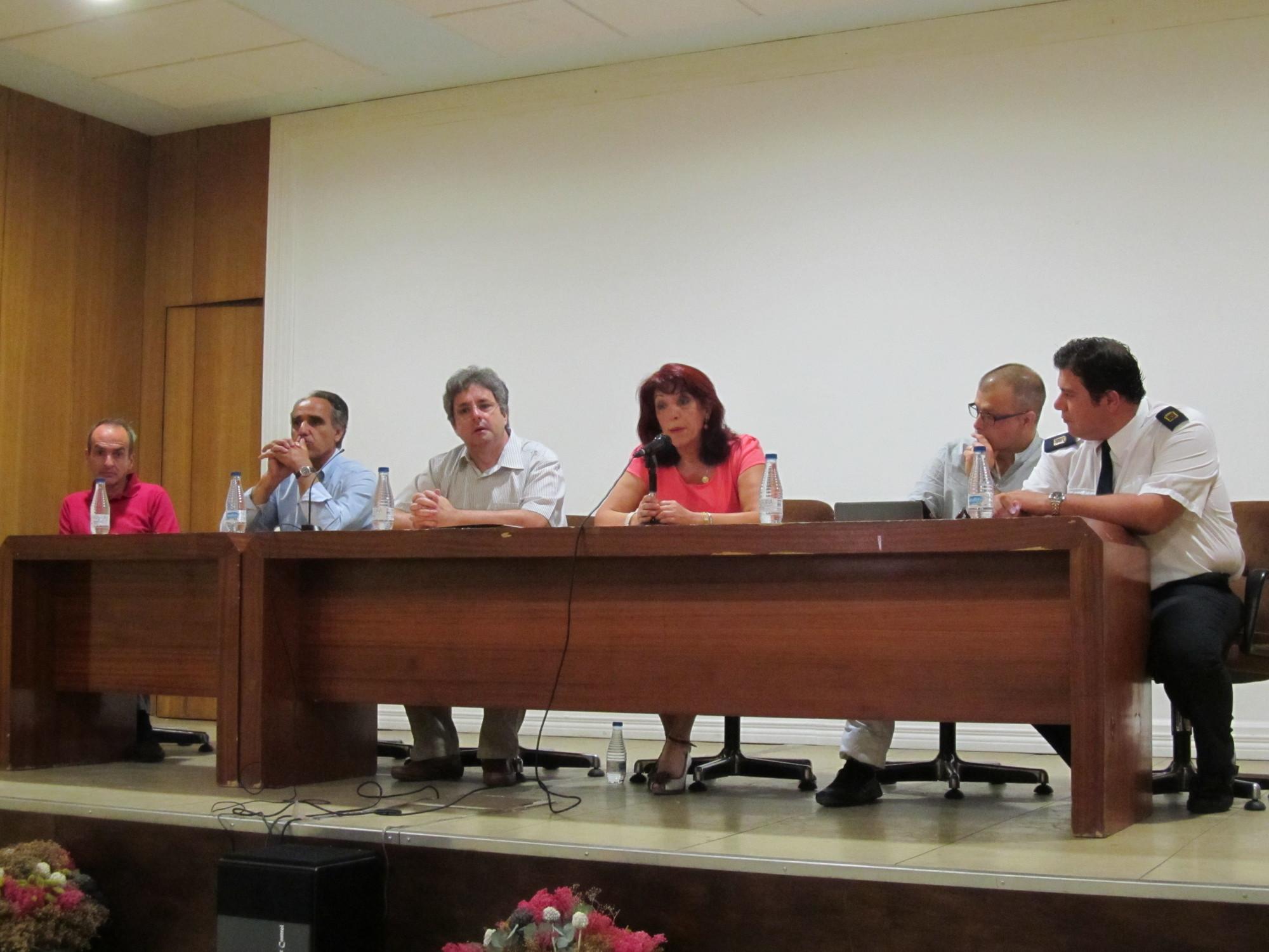 Momento de la mesa redonda sobre la figura de Ángel Julián y su imprenta (fotografía de astorgaredaccion.com)